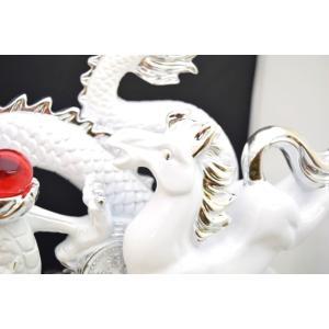 白龍 白馬 如意宝珠 樹脂製置物 台座付き 大|ryu|06