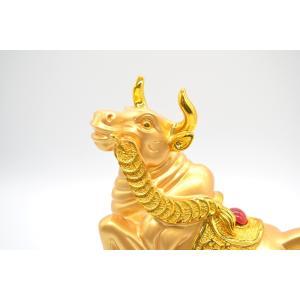 牛 丑 うし 樹脂製置物 黒台座 金色 27cm|ryu|08
