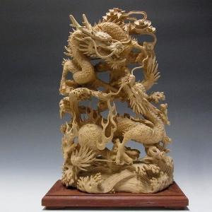 柘植製 細工極み彫り双龍 木彫り 一刀彫 木彫