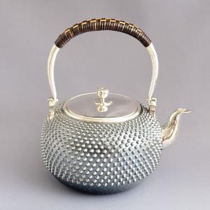 銀瓶 茶道具 南鐐(純銀製) 霰地紋 銀瓶 五合 sadogu-kikuchi