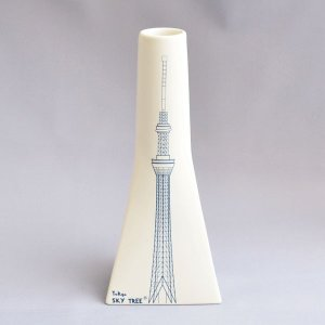 東京スカイツリー(R) 花入 白磁に染付 オフィシャルグッズ sadogu-kikuchi
