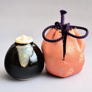 茶入 茶道具 茄子茶入 美人草緞子(正絹仕覆)|sadogu-kikuchi