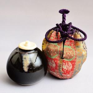 茶入 茶道具 茄子茶入 紅牙瑞錦(龍村裂・正絹仕覆)|sadogu-kikuchi