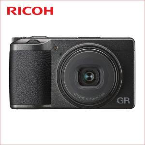 撮像素子:CMOS サイズ:23.5mm×15.6mm(原色フィルター) 有効画素数:約2424万画...