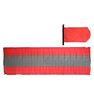 コンパクト収納、使用時には自動膨張、緊急時に10Lもの水を運べる耐水仕様、枕にもなります  バルブを...