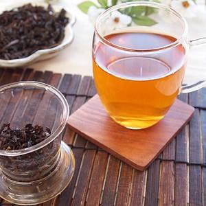 茶こし付きマグカップ ガラス・カーブ フタ付き 耐熱ガラス saika