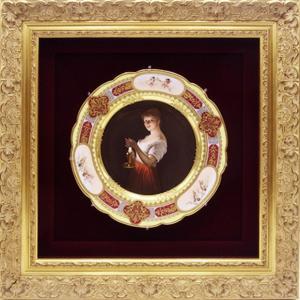ロイヤル ヴィエナ 飾り皿 キャンドルを持った少女  金彩 額付き アンティーク saitobaru