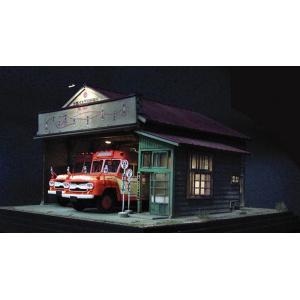 夕暮れのバス営業所 キット :クラシック ストーリー 未塗装キット HO(1/87) AC-0009|sakatsu|02
