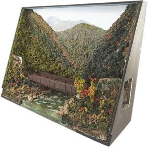 B4ジオラマ額 「色づく山間の鉄橋」 :スギモック 塗装済完成品 N(1/150) 0424 sakatsu