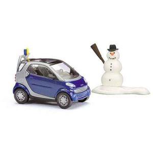 スマート シティークーペ スキー仕様 雪だるま付き :ブッシュ 完成品 HO(1/87) 48918|sakatsu