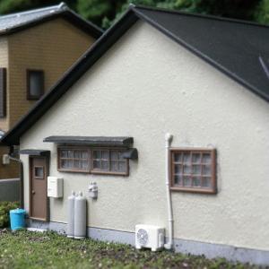 【模型】 ドアと窓(古風) ※こばる同等品 :さかつう 未塗装キット N(1/150) 3731|sakatsu
