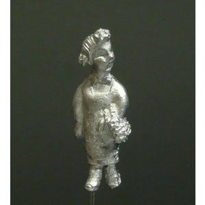 さかつう人形シリーズまなべコレクション ケン坊のお母さん :さかつう 未塗装キット HO(1/87) 7005|sakatsu
