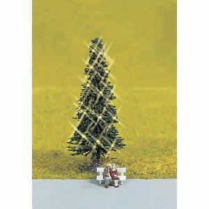 クリスマスツリー(LED付き)とカップル(ポーズが写真と異なる場合があります) :ノッホ 塗装済完成品 HO(1/87) 11911|sakatsu