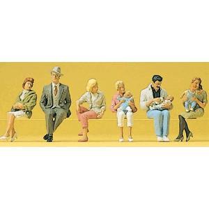 座っている人々(赤ちゃんを抱いた人含む) :プライザー 塗装済完成品 HO(1/87) 10332|sakatsu