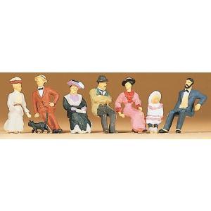 古い時代の座った人々 :プライザー 塗装済完成品 HO(1/87) 12137|sakatsu