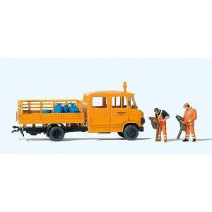 道路整備・清掃作業中 (ベンツ・トラック) :プライザー 塗装済完成品 HO(1/87) 33262|sakatsu