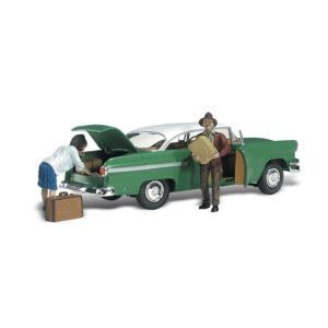 荷物を降ろす夫婦 :ウッドランド 塗装済完成品 N(1/160) AS5326|sakatsu