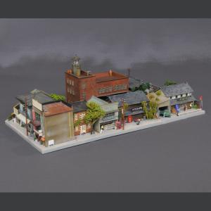 ユニット・ジオラマ 「消防署のある街区とお醤油屋さん」 :岡田忠明 塗装済完成品 N(1/150)|sakatsu