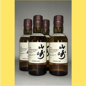 山崎の伝統であるミズナラ樽貯蔵モルトと、革新のワイン樽貯蔵モルトをはじめとした様々な山崎モルトが出会...
