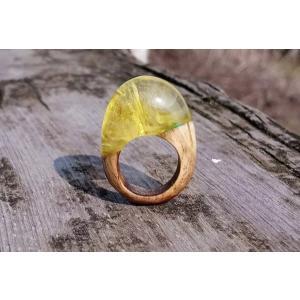 【送料無料】『名入れ』OK!匠の技!天然木レジンの逸品アクセサリー「指輪リング」希望のリングサイズで製作!色違い製作もOK! sakura-iro