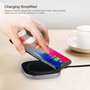 本商品は新品です。  ・カラー: 黒  ・「インティメイトデザイン」充電状況はLEDライトの色ってお...