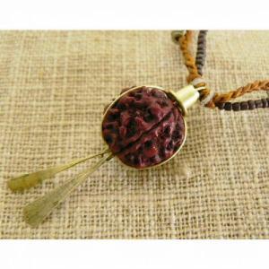 メール便発送木の実真鍮飾りビーズネックレスエスニック/アフリカ/ケニア/ネックレス/ビーズ/木の実/真鍮 salama