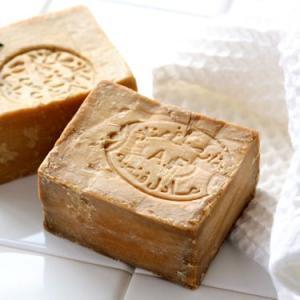 原産地である地中海沿岸でも希少なローレルオイルを贅沢に40%使用した石鹸です。ローレルオイルはエチケ...