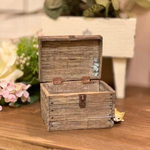 木箱に隠れる猫ちゃん ねこ 猫 ミニチュア 動物 かわいい 置き物 ギフト 飾り オブジェ|sanwapotitto