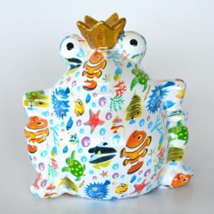 カラフルアニマル貯金箱 カエル かえる 貯金箱 どうぶつ かわいい ポップ 総柄 花柄 バンク 陶器 置き物 オブジェ 縁起物|sanwapotitto