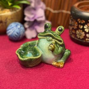 陶器 蓮鉢持ち蛙 カエル お金がかえる 幸運 インテリア 置物 かわいい 風水 幸運|sanwapotitto
