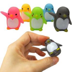 お祭りの季節に大活躍!かわいいカラフルなペンギンです♪ピンクやグリーンやイエローなど♪どのペンギンも...