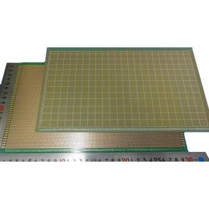 <ユニバーサル基板通販・販売>ユニバーサル基板<片面 ガラス 180mm×300mm 65×112穴>1枚 2.54mm基板<1pc-031>|sapporo-boueki