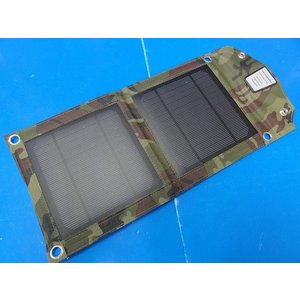 <アウトドア用防水 リュックにつける太陽電池 出力USB 5V バッテリーなし>400mm×180mm 5V1000mA 重さ200g 2枚 折畳み 迷彩<psp-518>|sapporo-boueki