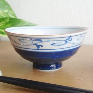 有田焼 波佐見焼 和食器 アウトレット 山下窯 手描き 藍ブルーサイドストライプ唐草 ご飯茶碗|sara-cera-y