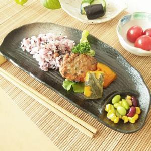 21日までSALE価格!和食器 黒釉白吹き 半月仕切皿 和皿 長皿|sara-cera-y