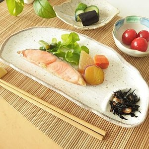 21日までSALE価格!和の器 和食器 白唐津 半月仕切皿 和皿 長皿|sara-cera-y