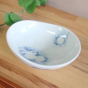 お盆休みセール!和食器 藍ブルーロマンス ミニミニオーバル小付 うさぎ  sara-cera-y