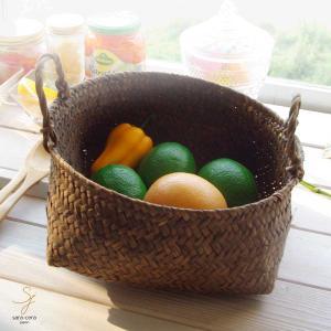 果実バスケット フルーツ テーブルセッティング
