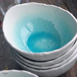 トルコブルーに吸い込まれそうな コロンとしたまぁ〜るい きれいな溜まり オーバル楕円 深小鉢 ボール...