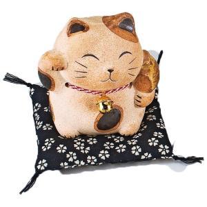 土もの招き猫貯金箱 ネコ ねこ 縁起物 置物 ギフト 厄除け 開運 雑貨 金運 招き猫|sara-cera