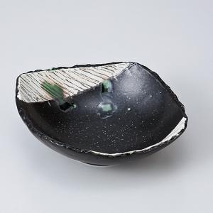 和食器 黒織部角櫛目型取鉢 中鉢 ボウル おうち ごはん うつわ 陶器 カフェ 日本製 おしゃれ 煮物 サラダ|sara-cera