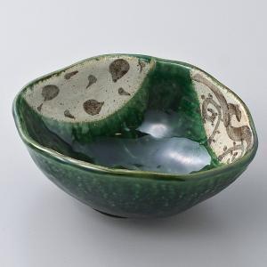 和食器 織部トチリ変形小鉢 中鉢 ボウル おうち ごはん うつわ 陶器 カフェ 日本製 おしゃれ 煮物 サラダ|sara-cera