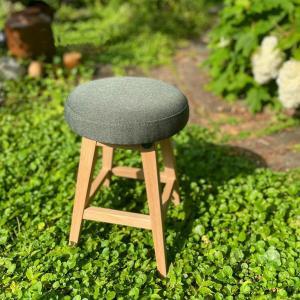 木製 ウッド チェア 玄関[b2c シンプルラウンドスツール ロー(ファブリック/モスグリーン)]|sarasa-designstore
