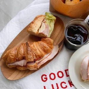 プレート 皿 木 木製 ウッド 天然 器 うつわ 食器 モダン ナチュラル[b2c アカシアウッドラウンドトレー S] sarasa-designstore