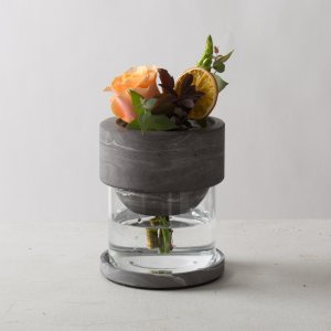 モダン ガラス ギフト プレゼント[TARN L フラワーベース セメント&グラス サイズ L(マーブルグレー)]|sarasa-designstore