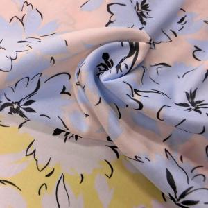 ポリエステル合繊生地(0012) 花柄大/薄ベージュxサックス 110cm巾 数量1(50cm)250円 国産|sarasa-nuno
