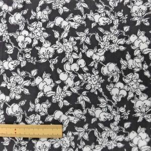 ポリエステル/レーヨン混生地(3SW0002)花柄/チャコールグレー系 145cm巾 数量1(50cm)300円 国産|sarasa-nuno