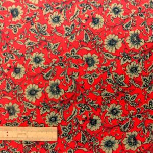 ポリエステル/レーヨン混生地(3SW0003)花柄/レッド 145cm巾 数量1(50cm)300円 国産|sarasa-nuno