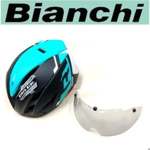 エアルートを最適化。空力特性を追求したエアロヘルメット  Bianchiのロゴが入った、ヘルメットで...