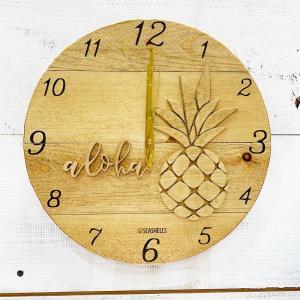 パイナップルのウッドロゴラウンド壁掛け時計 ハワイアン おしゃれな木製クロック 見やすい文字盤 seashells-zakka